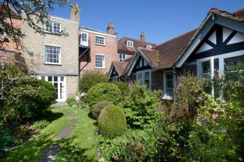 2 Bedroom Flats For Sale in Salisbury, Wiltshire - Rightmove