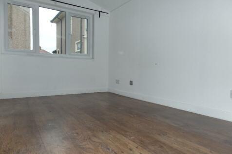 Room To Rent  Kingshill Avenue Northolt