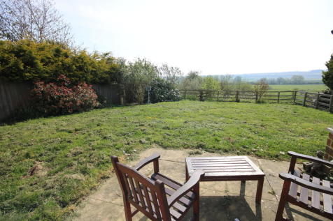 Properties For Sale in Thorpe By Water - Flats & Houses For Sale in