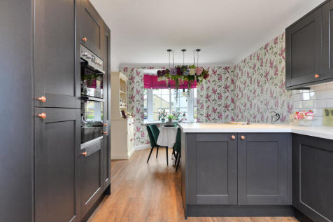 Retirement Properties For Sale in Navenby, Lincoln