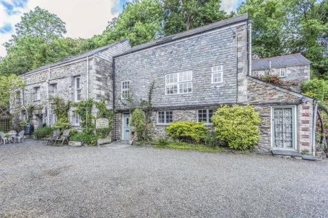 Guest Houses For Sale in Cornwall - Commercial Properties