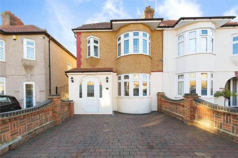 4 Bedroom Houses For Sale In Rush Green Romford Es