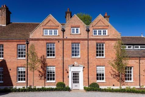 Properties For Sale in Totteridge - Flats & Houses For Sale