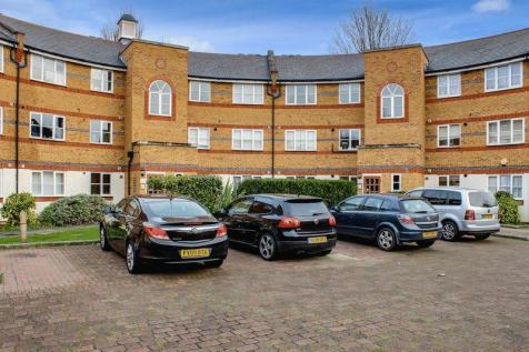 2 BEDROOM MAISONETTE TO RENT IN ENFIELD | in Enfield ...