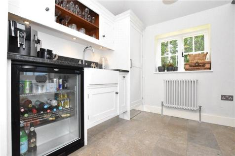 Wondrous 4 Bedroom Houses To Rent In St Albans Hertfordshire Complete Home Design Collection Epsylindsey Bellcom