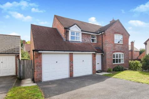 Properties For Sale in Blandford Forum - Flats & Houses For