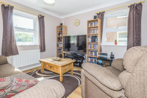 Brilliant Flats For Sale In Stevenage Hertfordshire Rightmove Largest Home Design Picture Inspirations Pitcheantrous