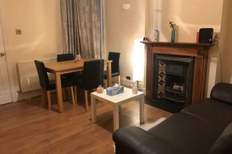 4 Bedroom Houses To Rent In Uxbridge Greater London