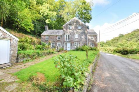 Properties For Sale in Cowbridge - Flats & Houses For Sale