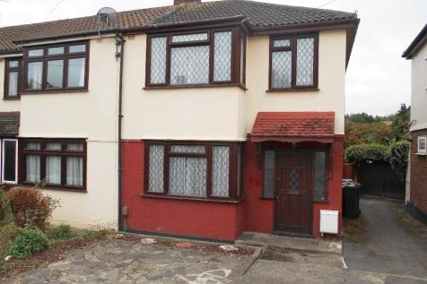 3 Bedroom Houses For Sale In Rush Green Romford Es