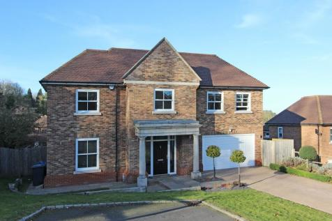 8a8d3a2f0b8 Detached Houses For Sale in Coulsdon
