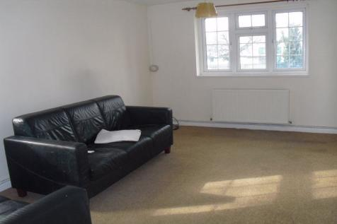 2 bed flat to rent ashford middlesex