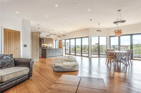 3 Bedroom Houses For Sale In Glastonbury Somerset Rightmove