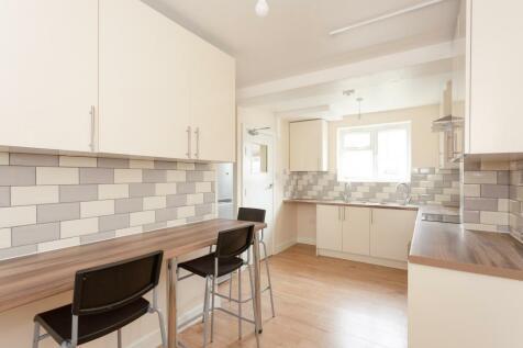 properties to rent in queensbury flats houses to rent in rh rightmove co uk