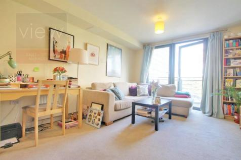 2 Bedroom Flats To Rent in Finsbury Park, North London