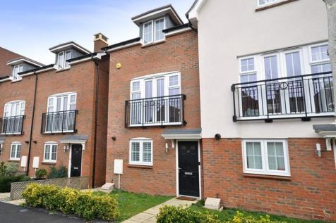 4 Bedroom Houses For Sale In Crawley West Sus