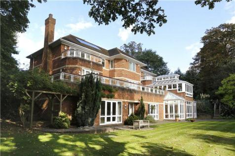 Properties for sale in kingston upon thames flats - Swimming pools in kingston upon thames ...