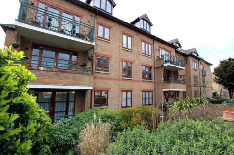 2-Bed Flat For Sale In Monica Court, Village Road, Enfield ...