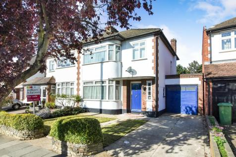 3 bedroom houses for sale in london rightmove