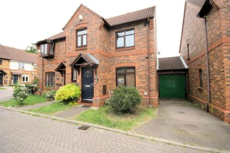Brilliant 3 Bedroom Houses To Rent In Luton Bedfordshire Rightmove Home Interior And Landscaping Pimpapssignezvosmurscom