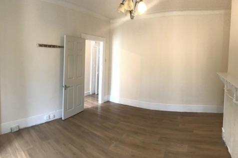 4 Bedroom Houses To Rent In East London Rightmove