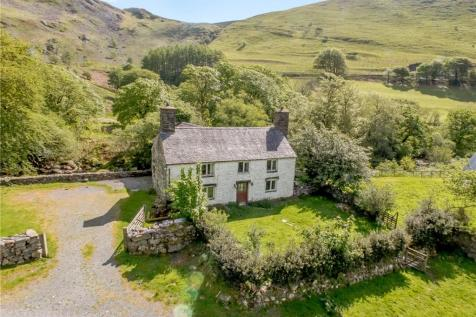 Admirable Properties For Sale In Snowdonia Flats Houses For Sale Beutiful Home Inspiration Xortanetmahrainfo