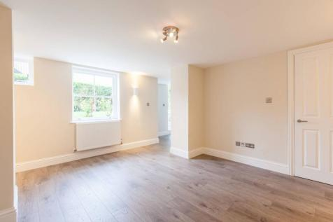 Awesome 2 Bedroom Flats To Rent In South West London Rightmove Download Free Architecture Designs Ogrambritishbridgeorg