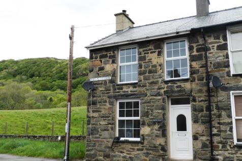 Properties For Sale in Snowdonia - Flats & Houses For Sale in
