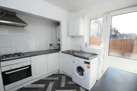 Sensational 3 Bedroom Houses To Rent In Dagenham London Rightmove Home Interior And Landscaping Synyenasavecom
