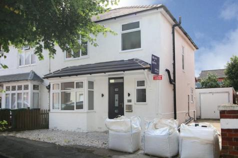 Properties For Sale in Kidderminster - Flats & Houses For