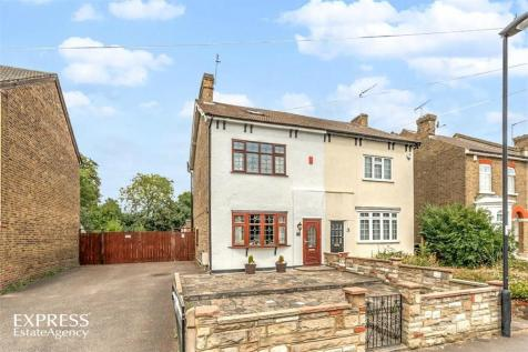 3 Bedroom Houses For Sale In Enfield Lock Enfield Middle