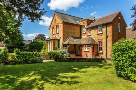 Houses for sale in Woking | Placebuzz