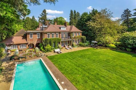 Houses for sale in Woking | Buy Woking house