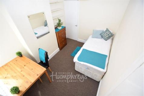 property image 1 - 3 Bedroom For Rent