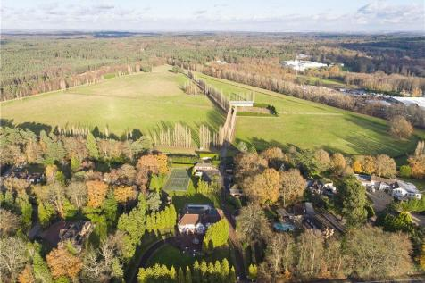 Properties For Sale In Bagshot Flats Houses For Sale In Bagshot