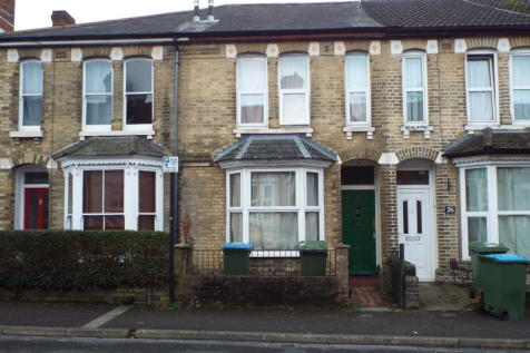 3 Bedroom Houses To Rent In Polygon Southampton Hampshire