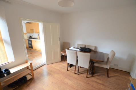 2 Bedroom Houses To Rent In South London Rightmove