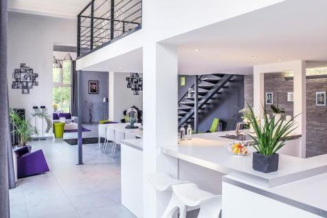Property For Sale in Paris-Isle of France - Rightmove on barcelona house, norway house, ukraine house, israel house, monaco house, nice house, bordeaux house, athens house, england house, marseille france beach house, venice house,