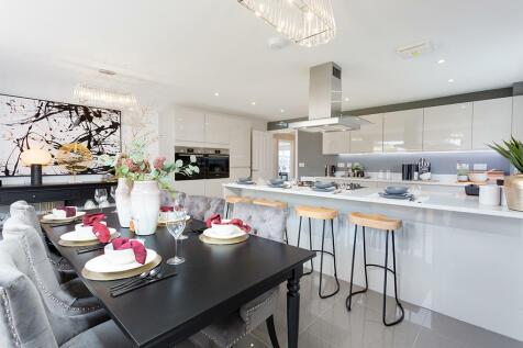 Properties For Sale in Shrivenham - Flats & Houses For Sale