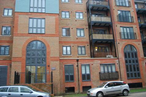 1 Bedroom Flats To Rent In Tonbridge Kent Rightmove