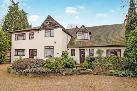 Properties For Sale in Mytchett - Flats & Houses For Sale in
