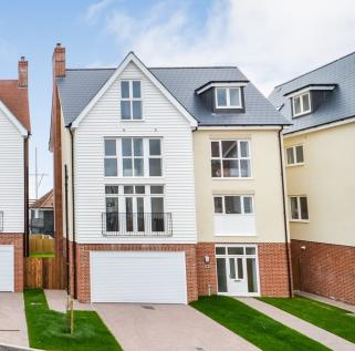 4 Bedroom Houses For Sale in Burnham-On-Crouch, Es - Rightmove on