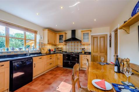 Properties For Sale in Eyemouth - Flats & Houses For Sale in