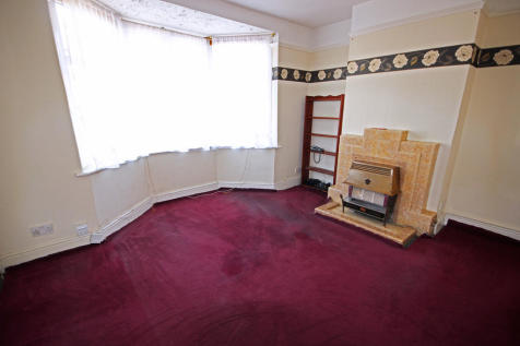 2 Bedroom Houses For Sale in Loughborough, Leicestershire