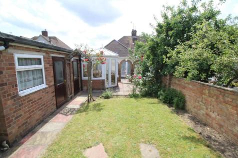 No Chain Property For Sale Bedford