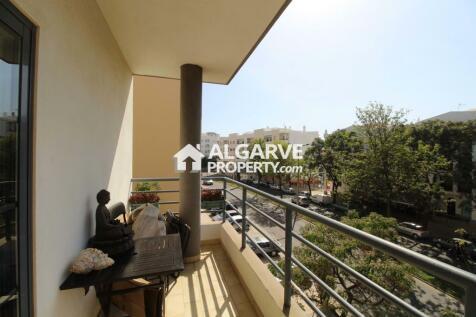Algarve, Quarteira, Portugal property