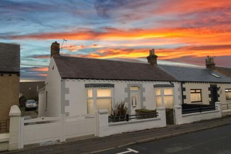 Station Road, Thornton, Kirkcaldy. 3 bedroom cottage for sale