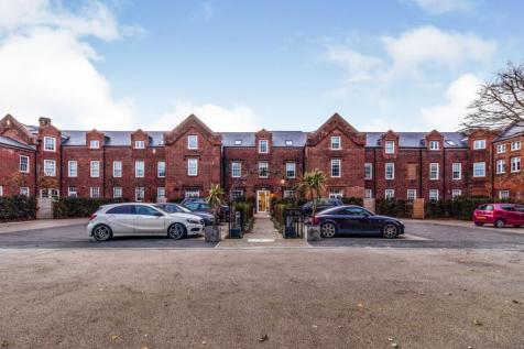 Walnut Tree Place, Simon Theobald Close, CO10. 1 bedroom property