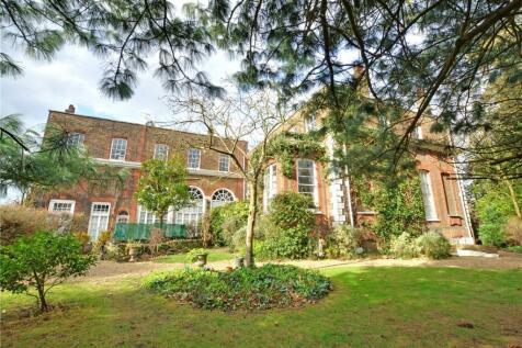 Macartney House, Chesterfield Walk, London, SE10. 4 bedroom apartment