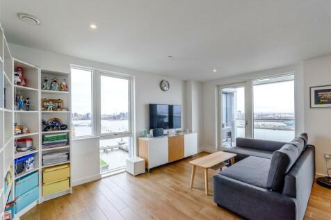 Bessemer Place, London, SE10. 3 bedroom apartment